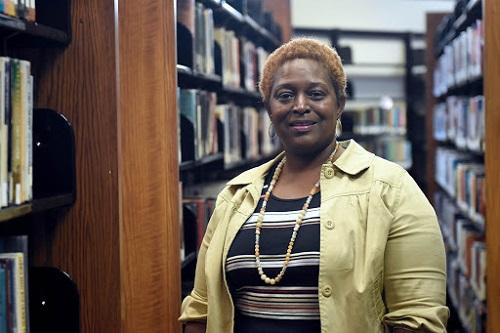 woman at Satilla library